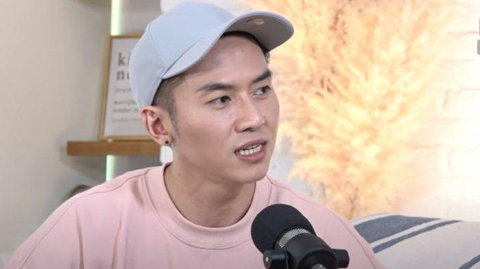 Rafael Tan dalam tayangan YouTube Daniel Mananta Network