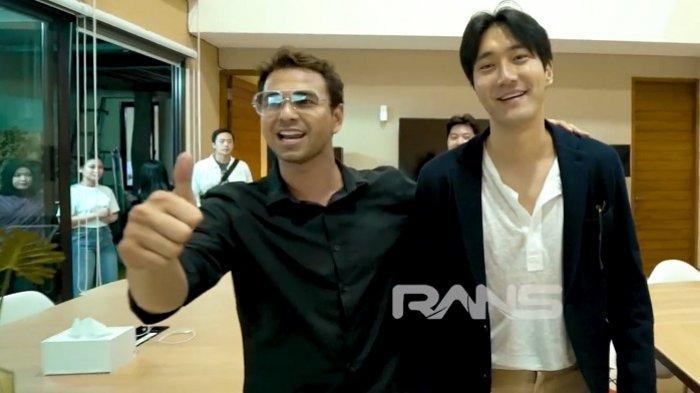 Reaksi Siwon Super Junior Disambut Red Carpet Di Rumah Raffi Ahmad Dan Nagita Slavina Tribunnews Com Mobile