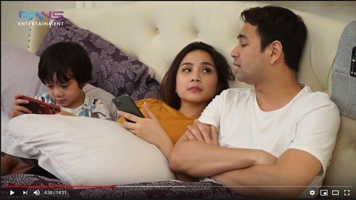 Raffi Ahmad, Nagita Slavina, dan Rafathar di video RANS Entertainment yang tayang Jumat (29/5/2020).