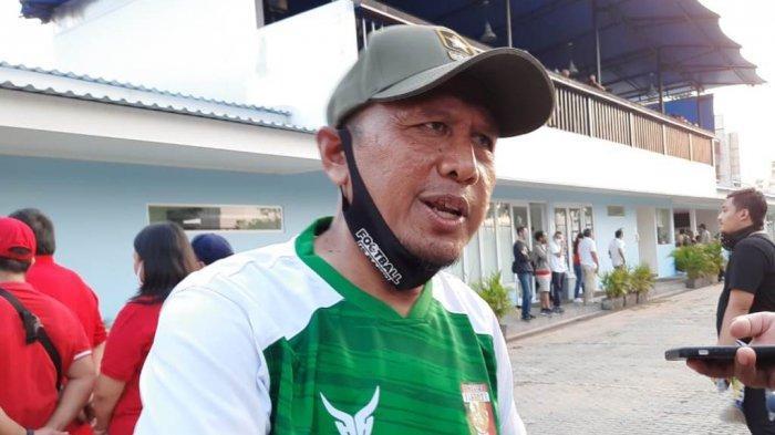 Pelatih Madura United, Rahmad Darmawan saat ditemui dalam acara football is Back di Lapangan Aldiron Pancoran, Jakarta, Sabtu (11/7/2020). Tribunnews/Abdul Majid