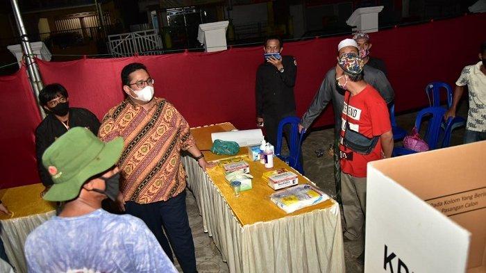 Anggota Bawaslu RI Rahmat Bagja Tinjau Langsung Kesiapan TPS Jelang PSU Pilgub Kalimantan Selatan
