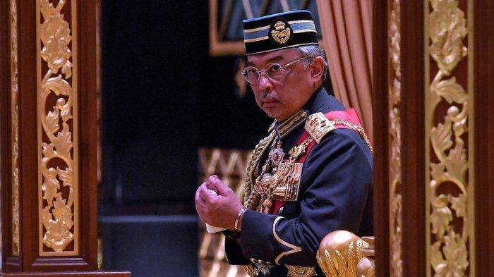 Raja Malaysia Al-Sultan Abdullah Ri'ayatuddin Al-Mustafa Billah Shah