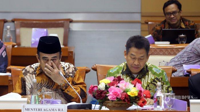 Menteri Agama Fachrul Razi saat mengikuti rapat kerja dengan Komisi VIII DPR di Kompleks Parlemen, Senayan, Jakarta Pusat, Kamis (7/11/2019). Rapat kerja tersebut membahas evaluasi program dan rencana program prioritas di Kementerian Agama tahun 2020. Tribunnews/Jeprima