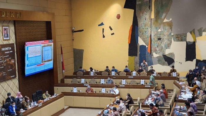 Mendagri Sampaikan Usulan Tambahan Anggaran 2022 Sebesar Rp 1,9 Triliun ke Komisi II DPR