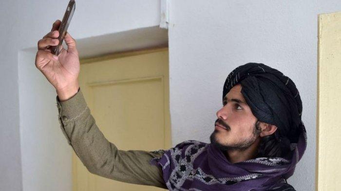 Taliban Temukan Uang Jutaan Dolar dan Emas Batangan di Rumah Mantan Wapres Afghanistan