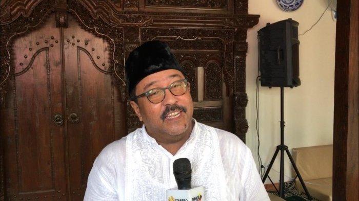 Rano Karno saat saat ditemui di kediamannya di Lebak Bulus, Jakarta Selatan, Kamis (6/6/2019).