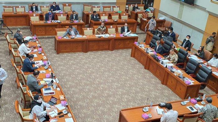 Rapat dengan KPK, Komisi III DPR Sampaikan Duka Cita Meninggalnya Artidjo Alkostar