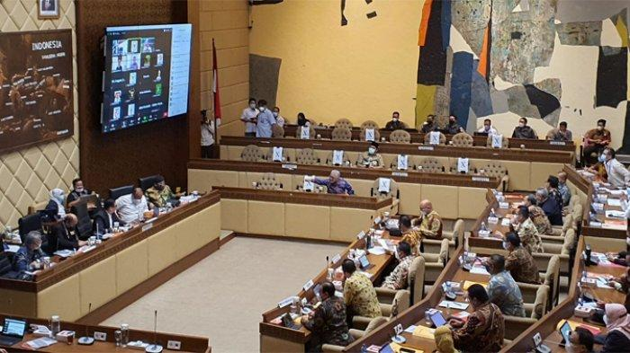 BREAKING NEWS: Pemilu Serentak 2024 Digelar 28 Februari, Pilkada 27 November