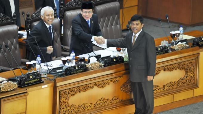 Paripurna DPR Setujui Bahrullah Akbar Jadi Anggota BPK RI