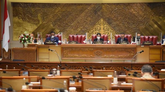 Paripurna DPR Setujui RUU Perubahan UU Nomor 16 Tahun 2004 sebagai Inisiatif Dewan