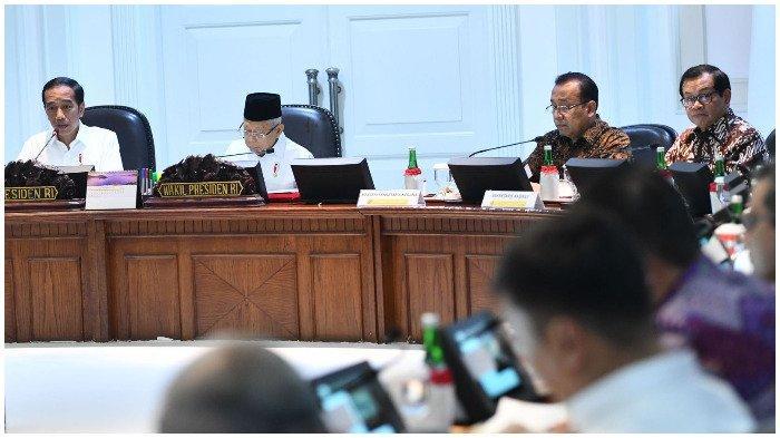 Rapat Terbatas untuk Pertama Kali, Jokowi Ingatkan Ekonomi Global Akan Lebih Sulit