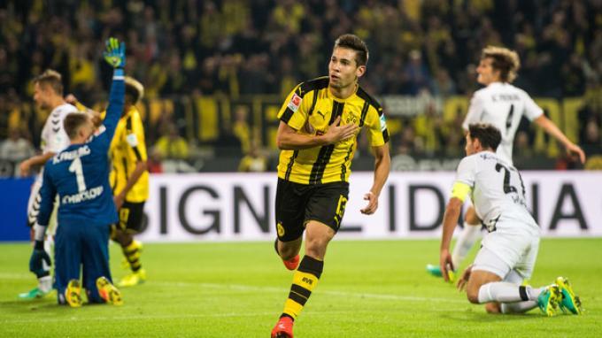 Hasil Babak Pertama Wolfsburg vs Borussia Dortmund, Gol Guerreiro Bawa Die Borussen Unggul