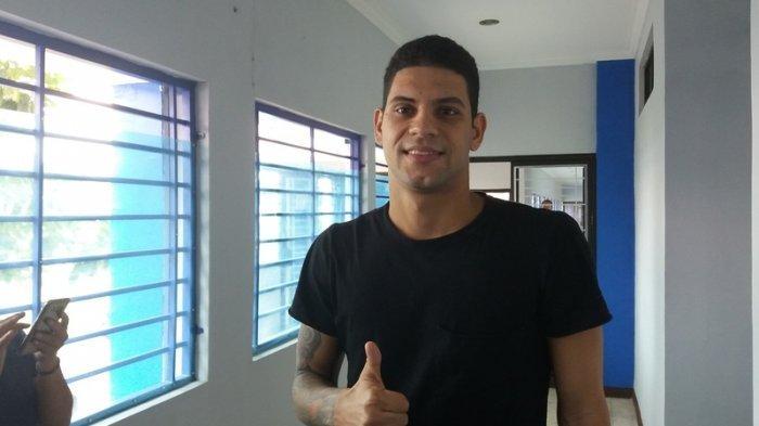 Ditolak Persib Bandung, Raphael Lima Ikut Latihan Bhayangkara FC