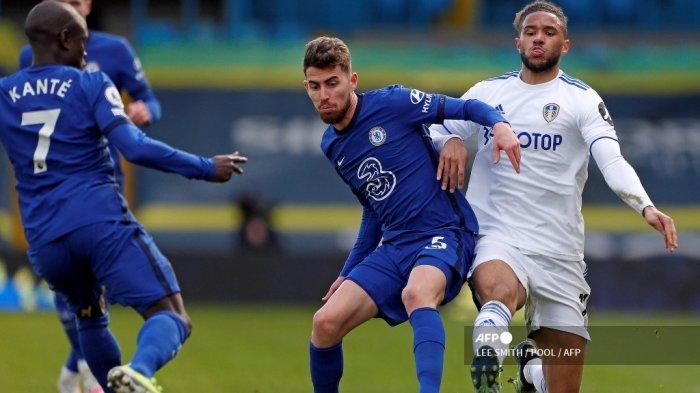 BABAK PERTAMA Liga Inggris: Chelsea Urung Tertinggal dari Leeds Berkat Bantuan VAR, Skor 0-0