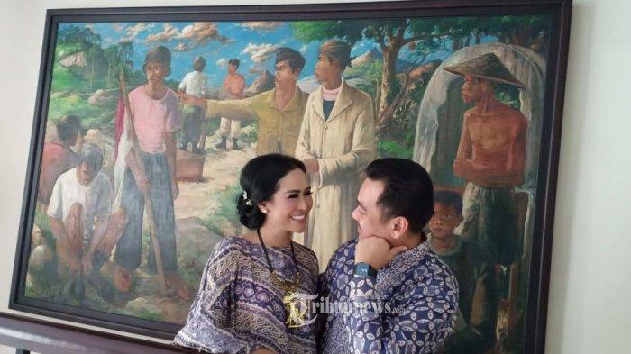 Pasangan selebriti, Ratu Meta dan Eddy Faisa.