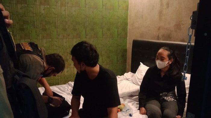 Jelang Lebaran, Satpol PP Tangsel Gerebek Hotel di Dalam Gang, Belasan Pasangan Mesum Ditangkap