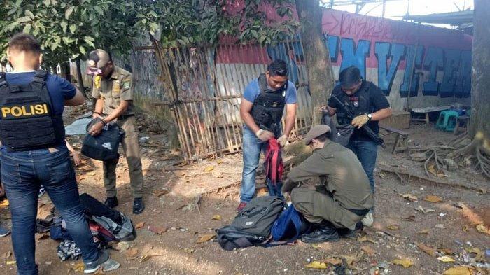 Satpol PP Kota Tangerang Razia Senjata Pelajar Guna Cegah Aksi Tawuran