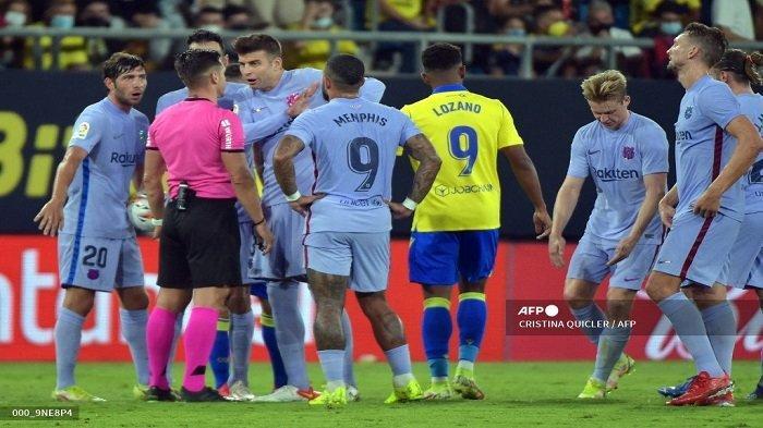 Barcelona Lupa Cara Menang, Koeman Bicara Lelucon Kartu Merah De Jong & Nasib Blaugrana