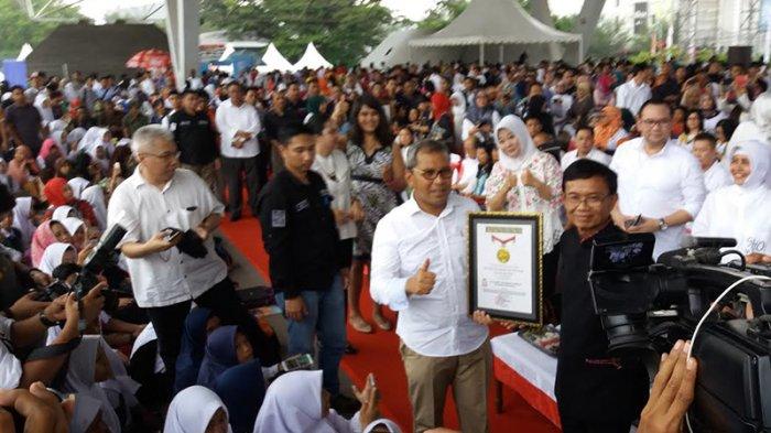 Gerakan Literasi Makassar Pecahkan Rekor Muri