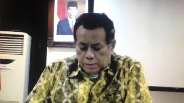 rektor universitas indonesia, prof. ari kuncoro saat diskusi virtual terkait dampak covid-19 terhadap sektor bbm, jumat (12/6/2020).