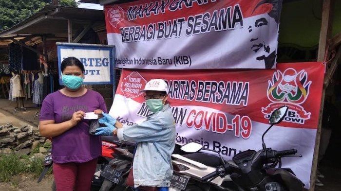 KIB Bagikan Makanan-Masker Gratis bagi Warga Terdampak Covid-19