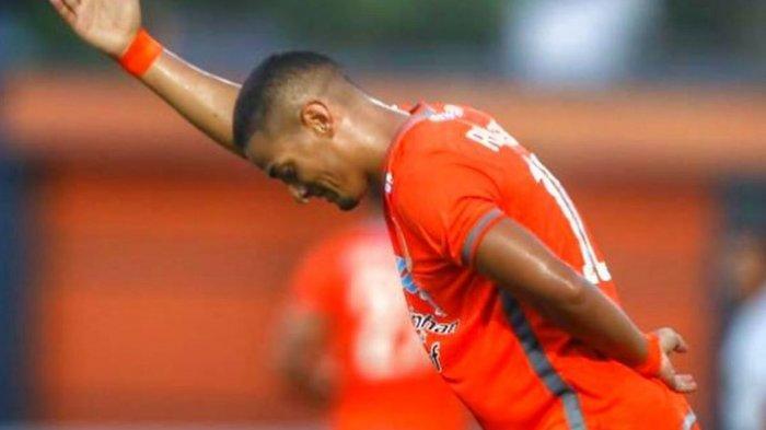 Renan da Silva Gelandang Borneo FC saat ini