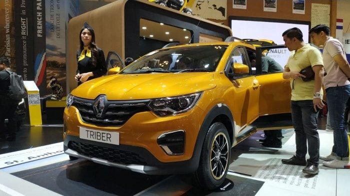 MPV murah Renault Triber diluncurkan dan dipamerkan di booth Renault di pameran otomotif GIIAS 2019, Sabtu (27/7/2019).