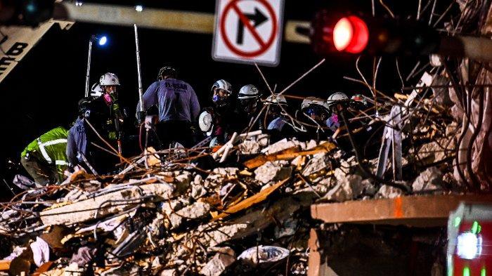 Petugas Penyelamat Temukan 2 Mayat Anak-anak di Reruntuhan Gedung 12 Lantai Florida