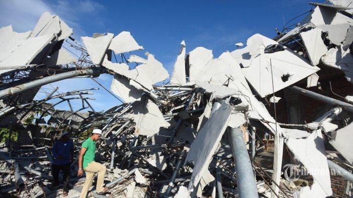 Pengungsi Gempa Aceh Butuh Bahan Bangunan