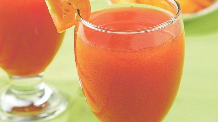 Segar dan Pasti Sehat, Suguhkan Jus Wortel Tomat untuk Keluarga Di Rumah