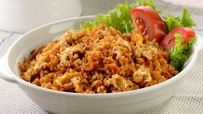 Rekor MURI Masak Nasi Goreng Porsi Terbanyak untuk Buka Puasa, Yang Makan Makan Lebih 20 Ribu Orang