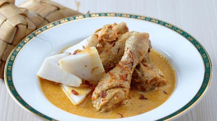 Opor Ayam Pedas.