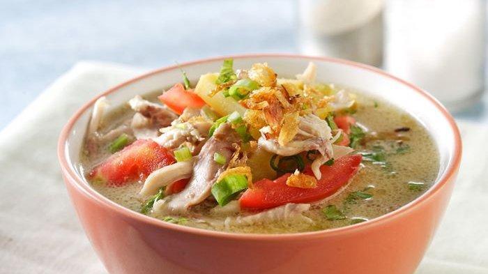 Makan Pasti Nambah Kalau Lauknya Pakai Resep Soto Ayam Santan nan Gurih Ini!
