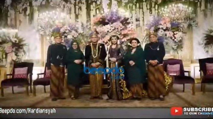 Resepsi Danny Rukmana dan Raiyah Chitra Caesaria gunakan adat Jawa