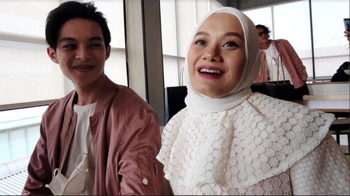 Rey Mbayang dan Dinda Hauw saat ditemui di kawasan Kemang Jakarta Selatan, Rabu (21/4/2021).
