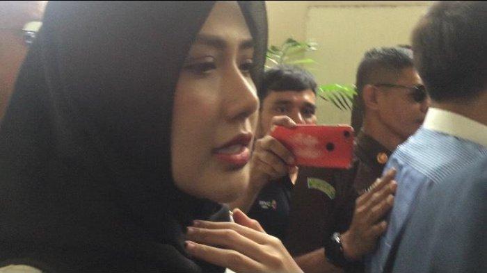 Rey Utami, terdakwa kasus ikan asin, saat ditemui di PN Jakarta Selatan, Senin (3/2/2020).
