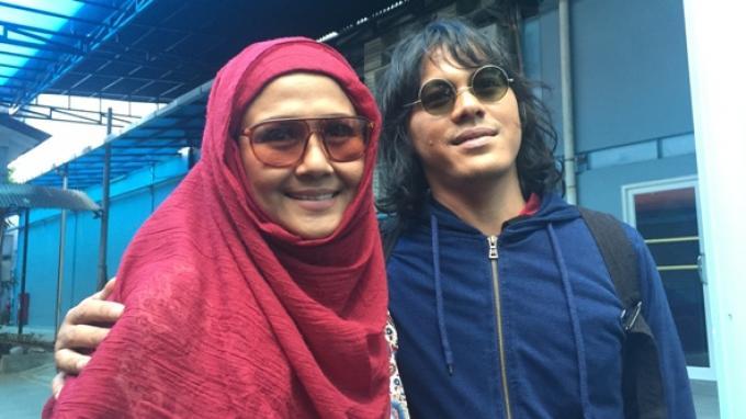 Ria Irawan dan Mayky Wongkar ditemui kawasan Tendean, Jakarta Selatan, Kamis (19/1/2017).
