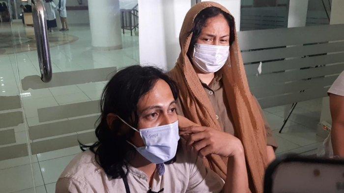 Ria Irawan dan Mayky Wongkar saat ditemui di gedung A RSCM, Jakarta Pusat, Jumat (13/9/2019).