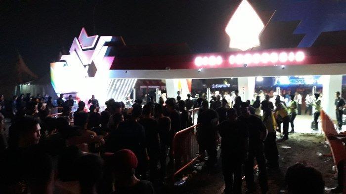 Ribuan masyarakat dari berbagai wilayah terus berdatangan area Sentul International Convention Center (SICC), Bogor, Minggu (14/7/2019), untuk hadir dalam acara 'Visi Indonesia'.