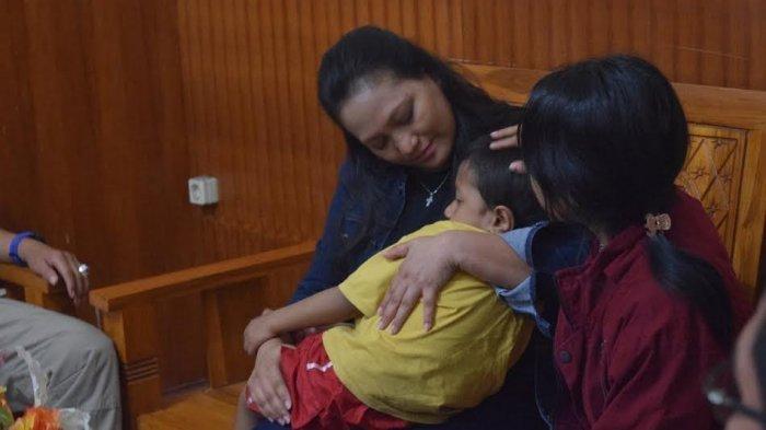 Wanita yang Dikenal Suka Bantu Tetangga Itu Ternyata Jadi Otak Penculikan Anak