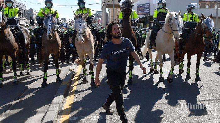 Berita Foto : Ricuh Demonstrasi Anti Lockdown Di Australia - ricuh-demo-anti-lockdown-di-australia_20210918_165712.jpg