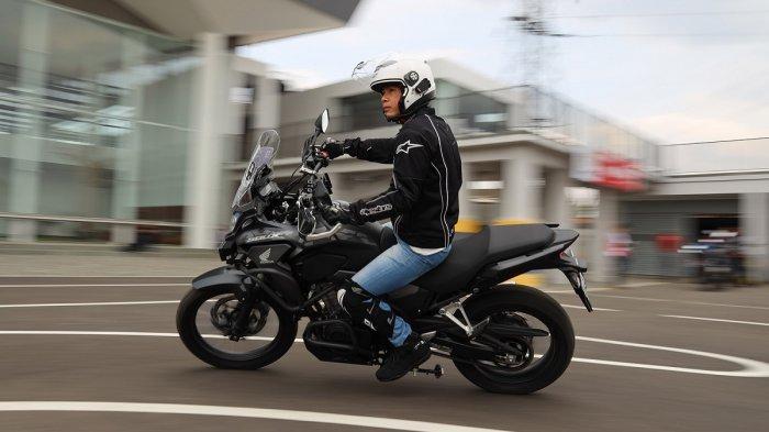 Ini Pentingnya Pakai Riding Gear Lengkap Saat Kendarai Motor