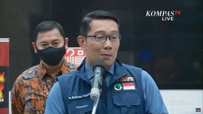 Gubernur Jawa Barat, Ridwan Kamil melaporkan ada 5 orang positif Covid-19 di kerumunan massa di Megamendung