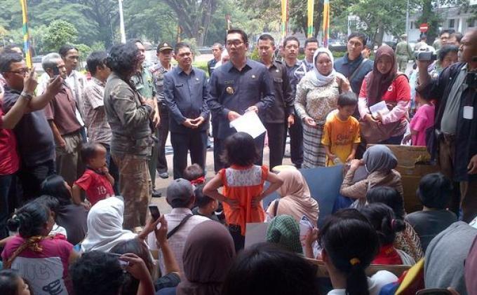 Ditawari Kerja Jadi Penyapu Jalan, Pengemis Bandung Minta Gaji Rp 10 Juta
