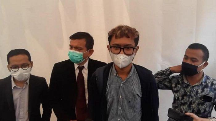 POPULER Buntut Roasting Betrand, Ridwan Remin Dipanggil KPAI   Uya Kuya Nangis saat Positif Covid-19