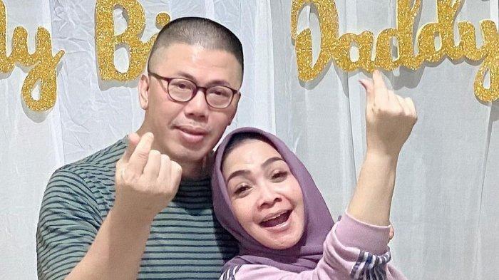 Setelah mengetahui bahwa sang anak positif hamil, mertua Raffi Ahmad, Mama Rieta langsung peringatkan manajer Nagita Slavina.