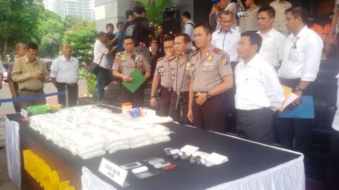 Kronologis Penangkapan Jaringan Pengedar 300 Gram Sabu di Denpasar dan Badung