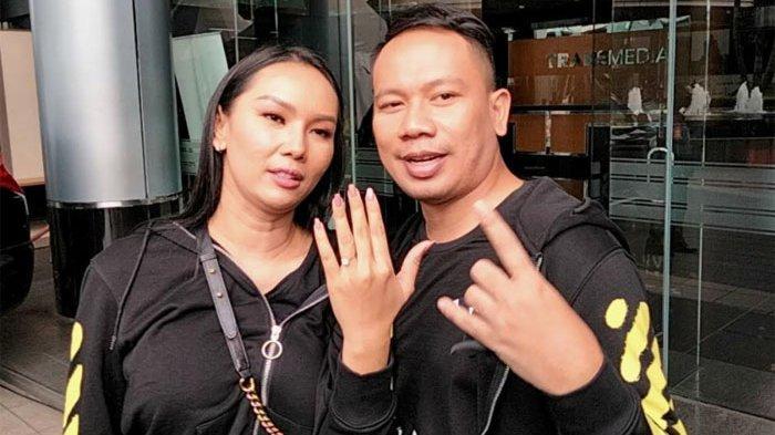 Bukan Batal, Pernikahan Vicky Prasetyo dan Kalina Oktarani Ditunda, Pihak WO Beri Penjelasan