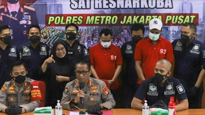 Rio Reifan dalam jumpa pers kasus penyalahgunaan narkoba di Polres Metro Jakarta Pusat, Rabu (21/4/2021).