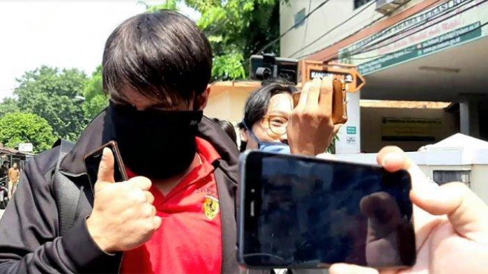 Hadiri Sidang Cerai dengan Henny Mona, Rio Reifan Minta Maaf